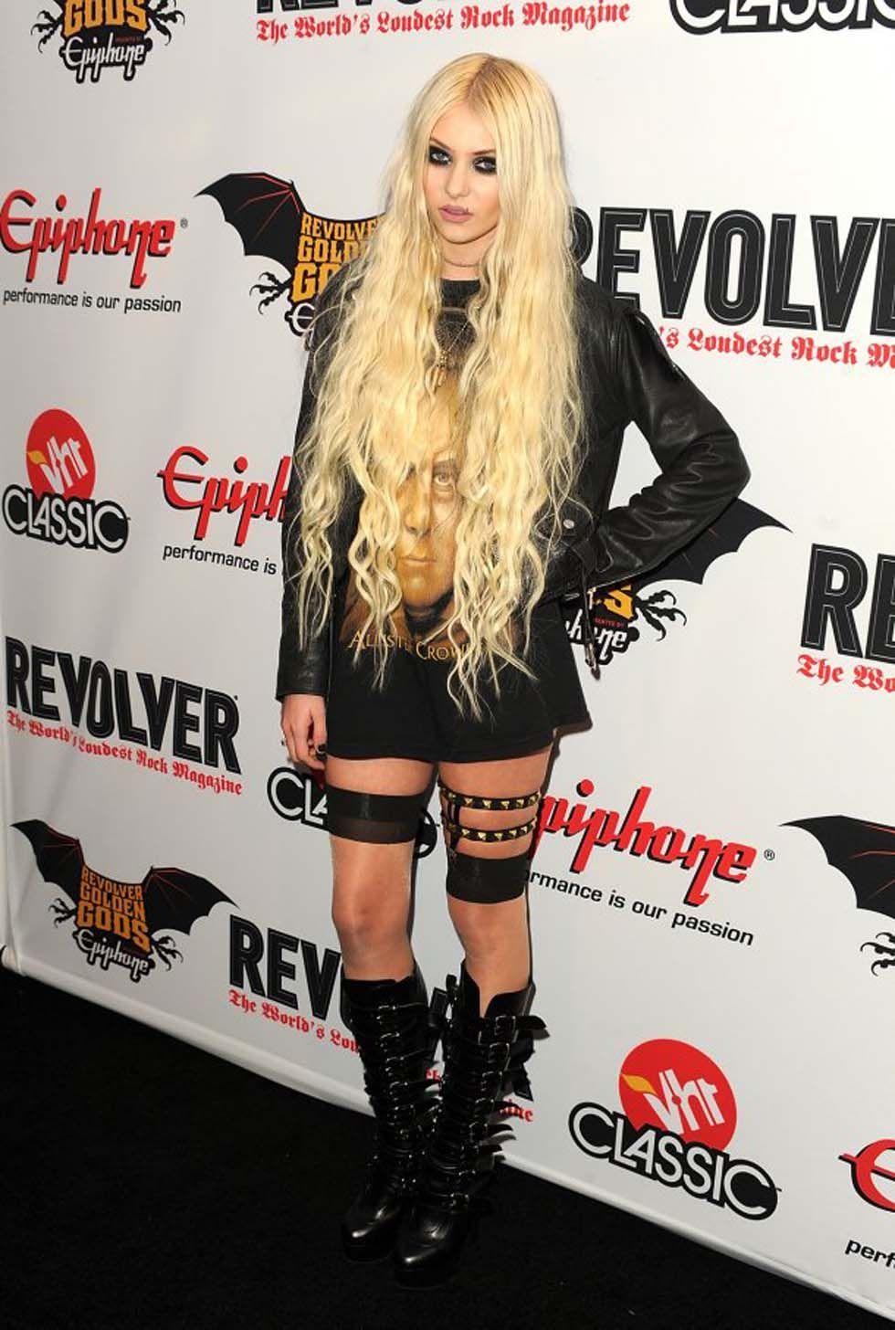 Taylor Momsen  Historie D'O. And her dress!