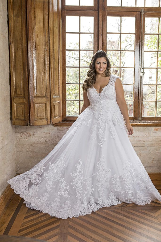 Photo of Vestidos de noiva plus size: veja 18 modelos incríveis e onde encontrá-los