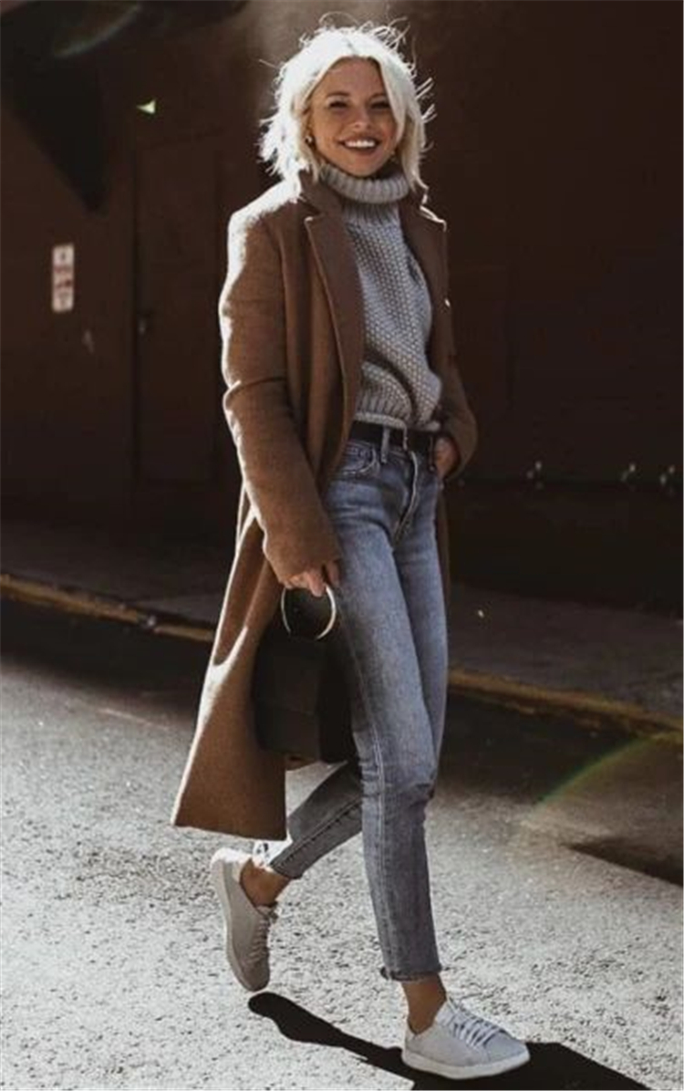 25 Chic And Classic Winter Outfits You Need To Copy Now | Women Fashion Lifestyle Blog Shinecoco.com