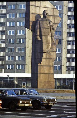 East Berlin – February 1982 – Leninplatz