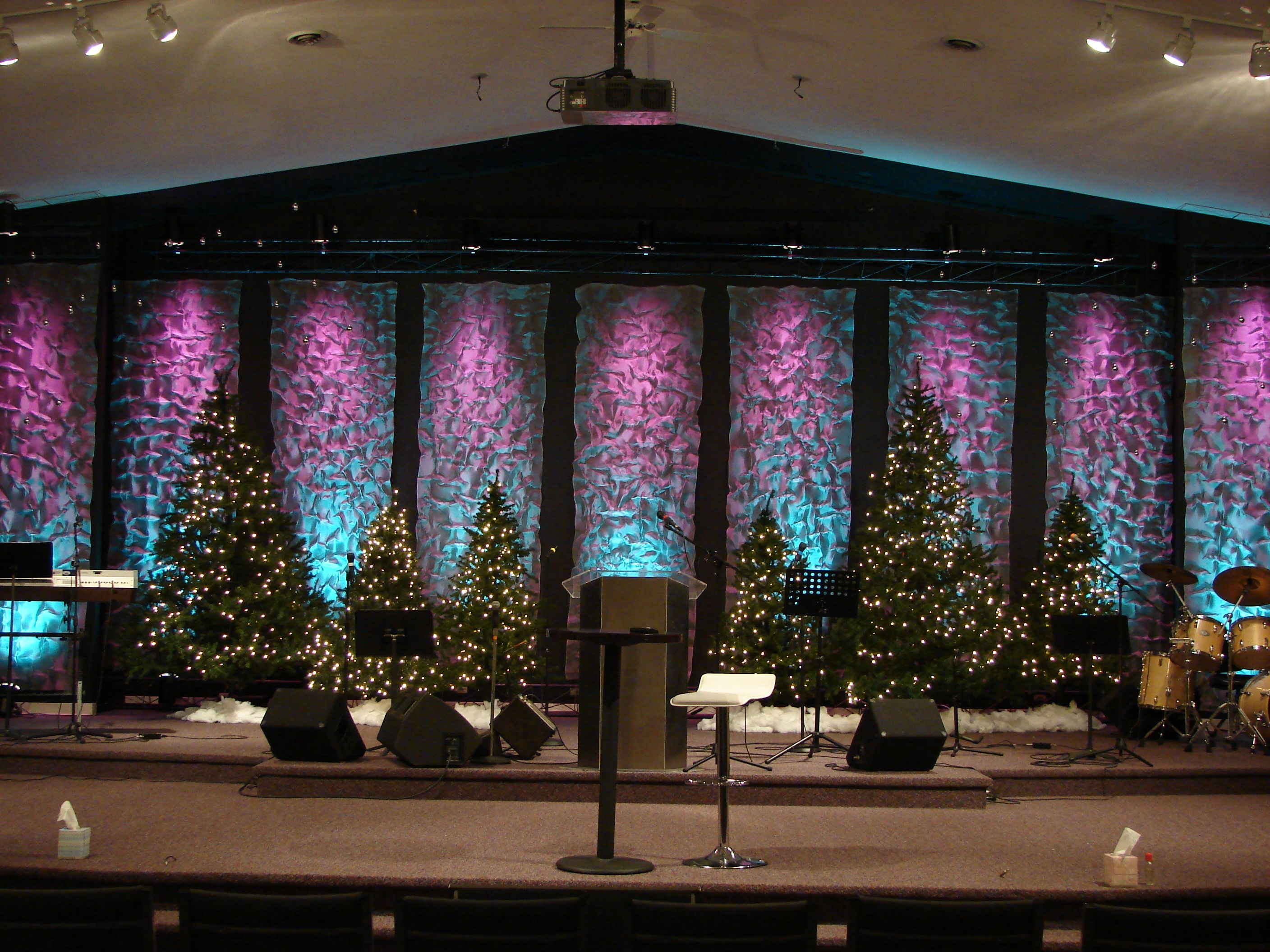 Using Door Screen For Texture Stage Design Church Stage Design