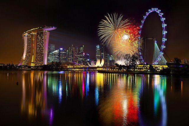 Singapore 2012 Countdown First Burst New Year Fireworks Fireworks New Years Eve Fireworks