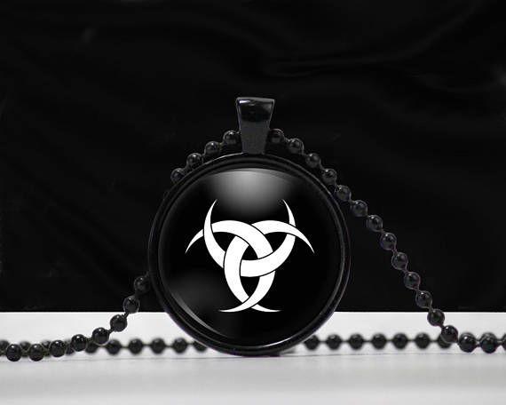 Triple Crescent Moon Symbol Moon Symbol Necklace Glass Celtic
