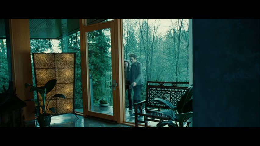 Twilight Bella Swan S House Is For Sale In Oregon Hooked On Houses Twilight House Twilight Cullen House Twilight