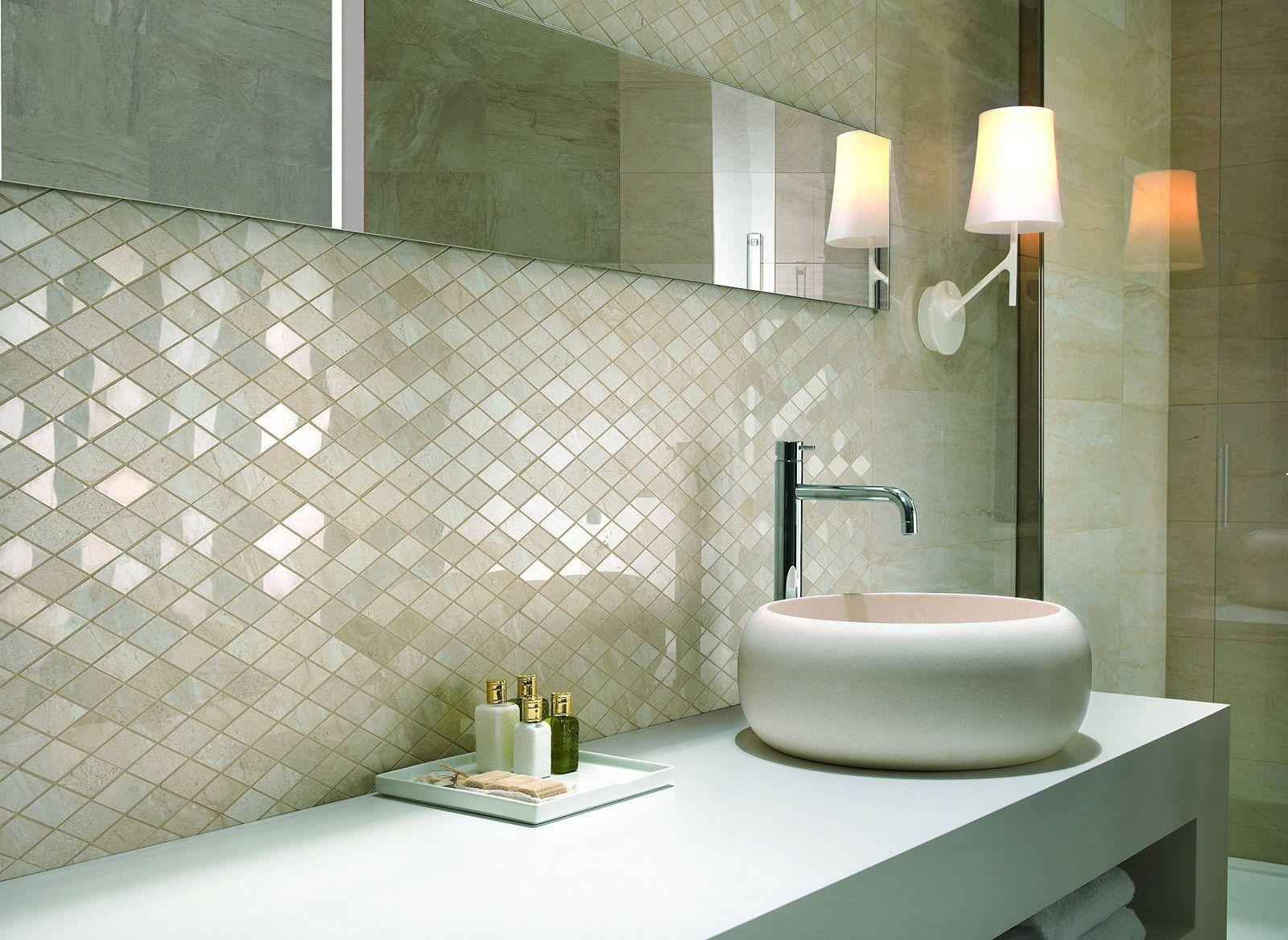 Rivestimenti pareti moderne cerca con google arredamento pinterest bathroom tiles e - Piastrelle da bagno moderne ...
