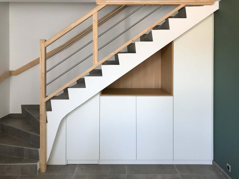 Placard Sous Escalier A Chambery Realise Sur Mesure En 2020