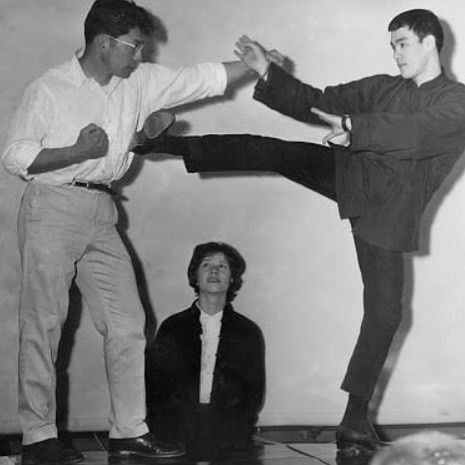Pin by Valerie on All Bruce Lee Bruce lee, Bruce lee