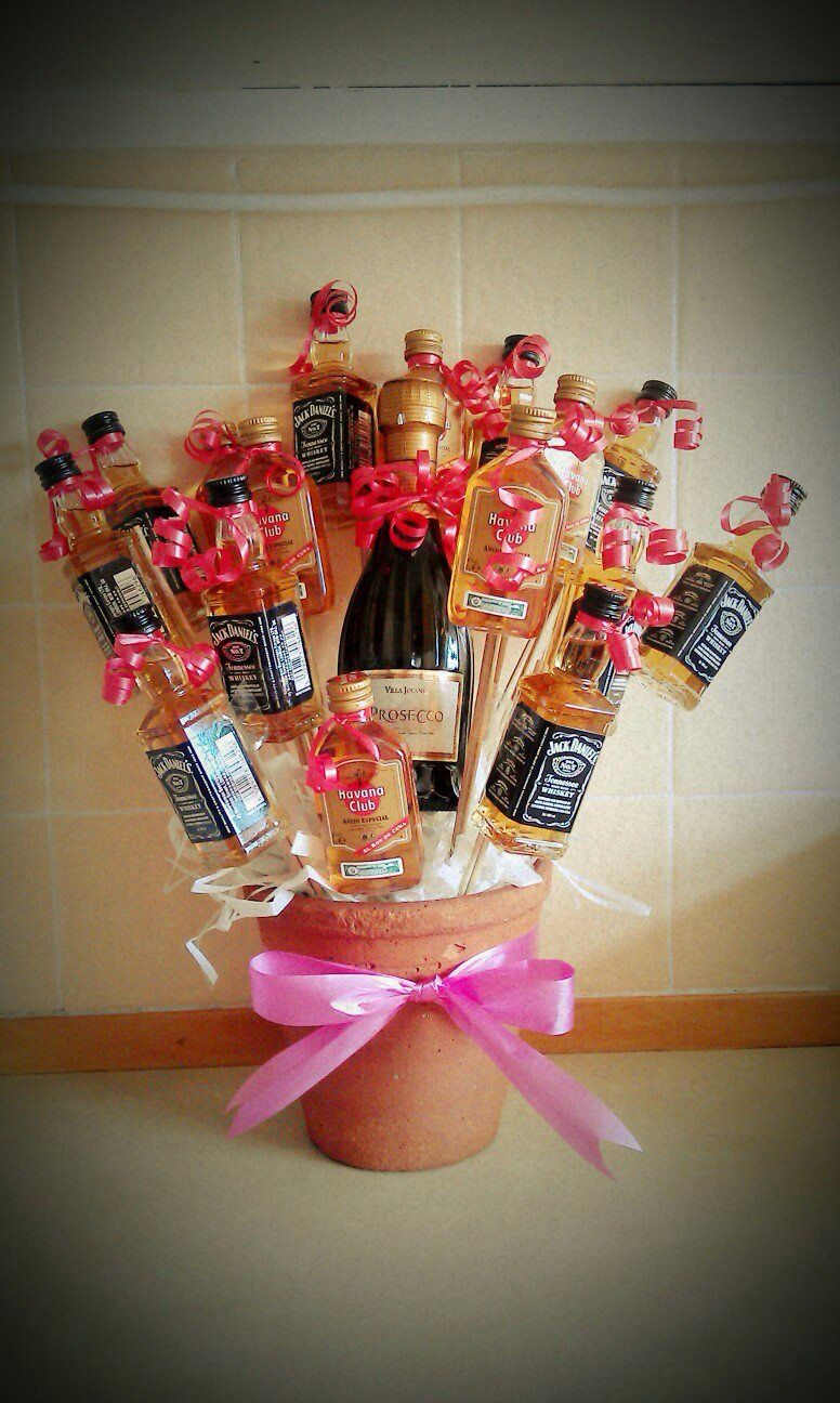 My first attempt at a booze bouquet for my sister-in-law & brother-in-law to celebrate the arrival of they're bay girl