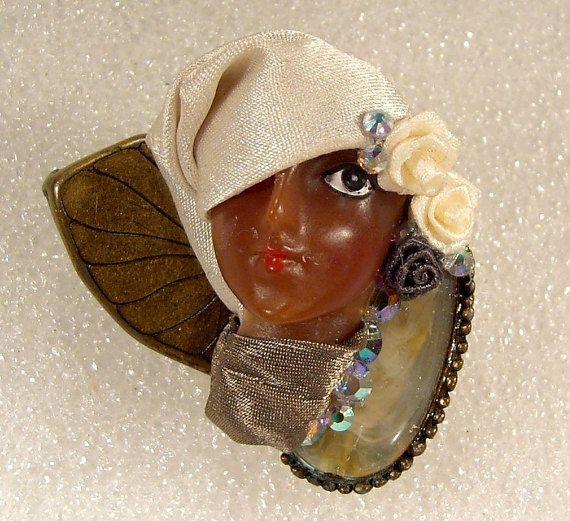 LADY HEAD FACE Porcelain-Look Resin Brooch Pin Ethnic Artisan Flapper Rhinestone - Mae
