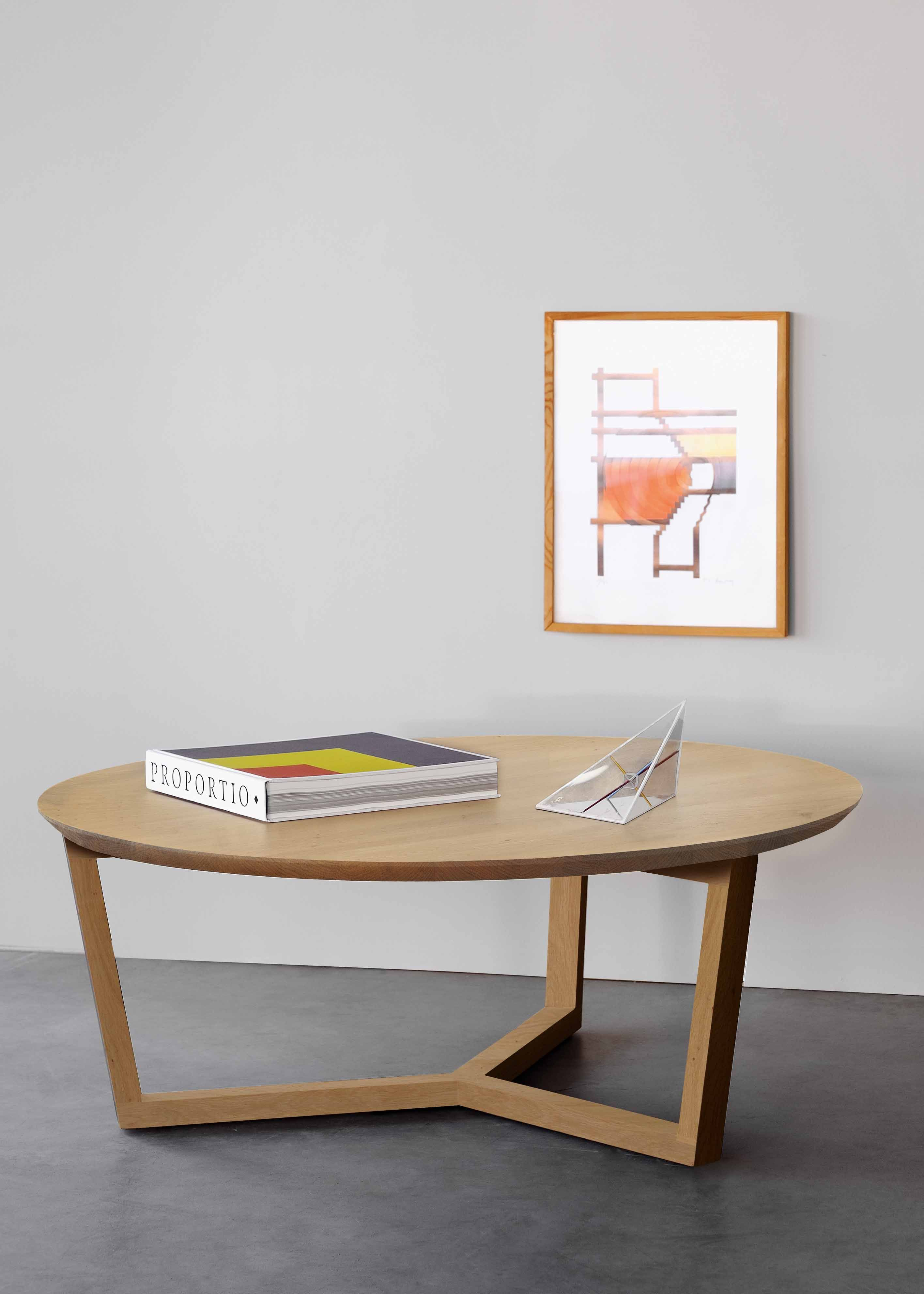 The Tripod Coffee Table Is Characterized By Clean Lines And Contemporary Aesthetics Made From Round Wooden Coffee Table Coffee Table Contemporary Coffee Table