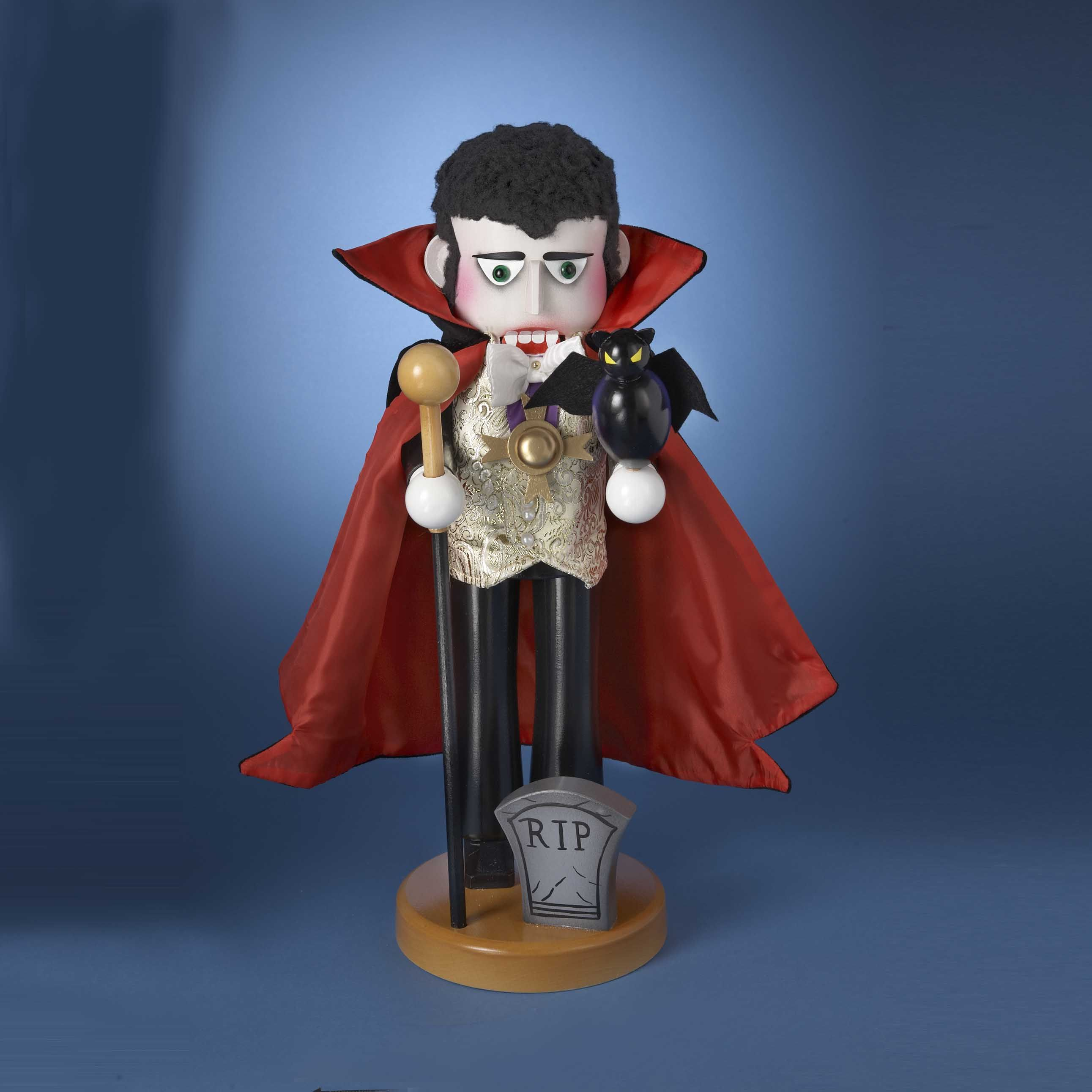 # ES1911  #STEINBACH #COUNTDRACULANUTCRACKER - 1ST IN #HORROR LEGENDS SERIES #STEINBACHNUTCRACKER