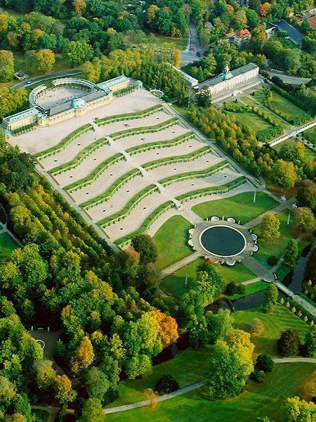 Spectacular Sanssouci Park Laid Out Between 1744 And 1756 Is Considered The Most Celebrated Example Of Potsdam Rococo Ref Frederick The Great Castle Germany