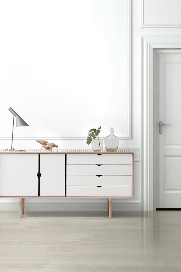 Brilliant Sideboards Credenzas Buffets Whats The Difference Home Interior And Landscaping Palasignezvosmurscom