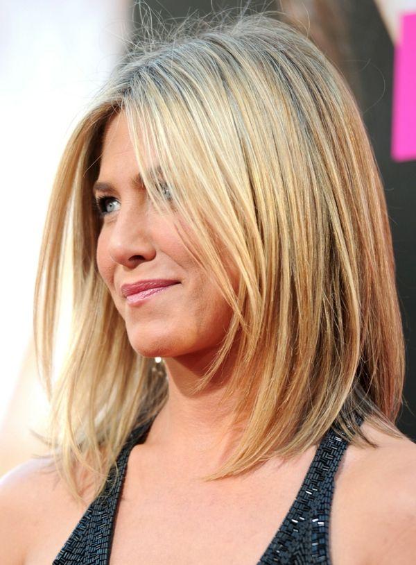 Frisuren blond glatt mittellang