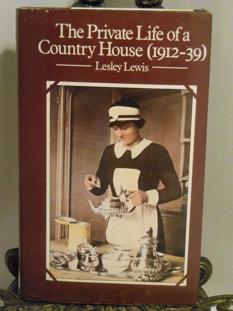The Private Life of a Country House 1912 to 1939 Pilgrims Hall ...
