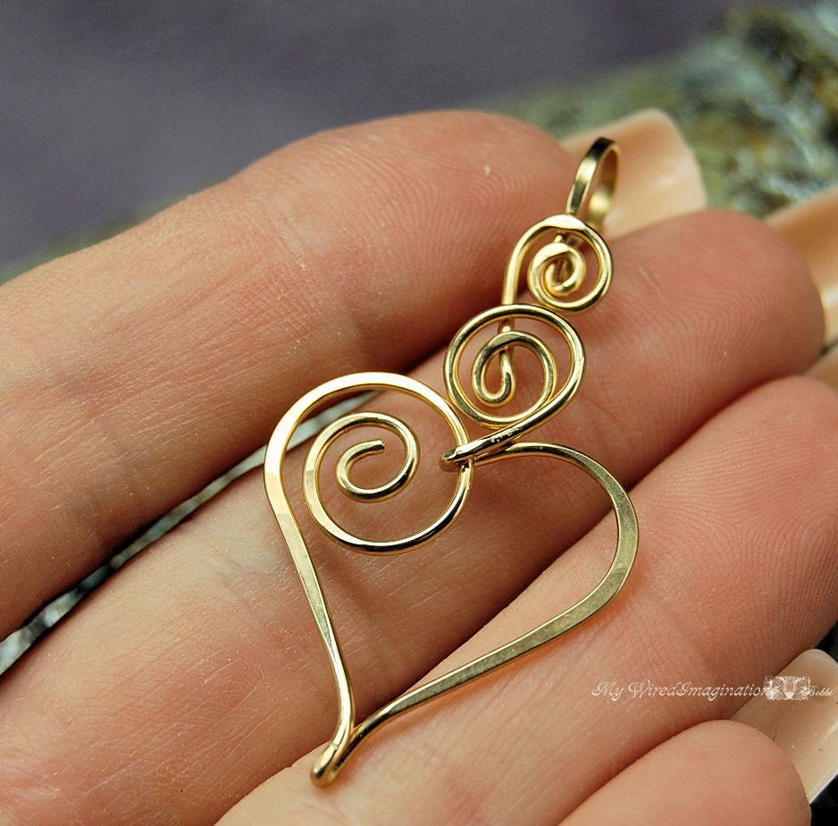 Nice wire heart design jewels pendants pinterest nice wire charming heart wire wrapped pendant with interchangle type bail in gf wire fine jewelry idea aloadofball Choice Image