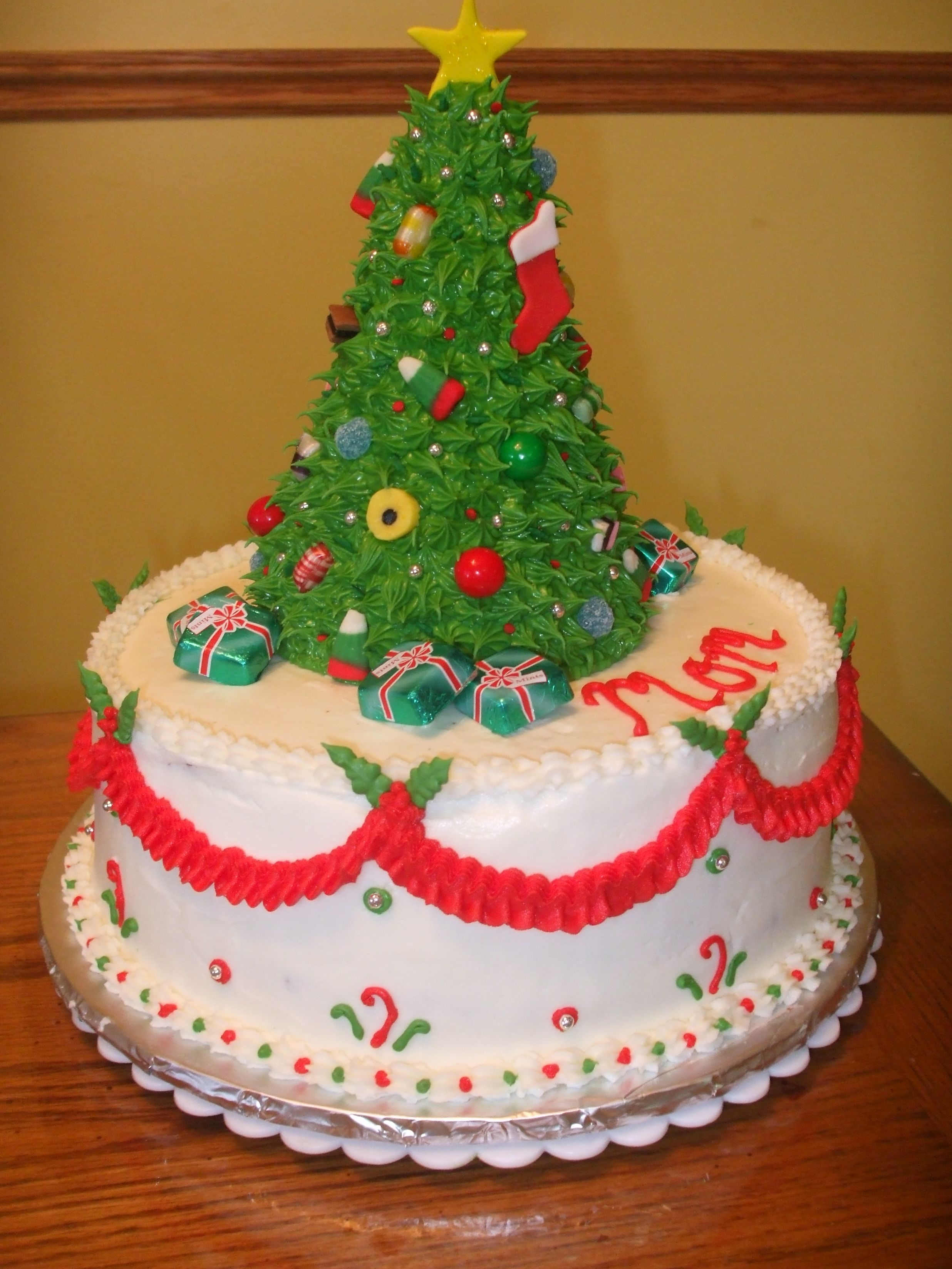 Christmas Tree Cake This Was A Birthday Cake For My Mom Whose