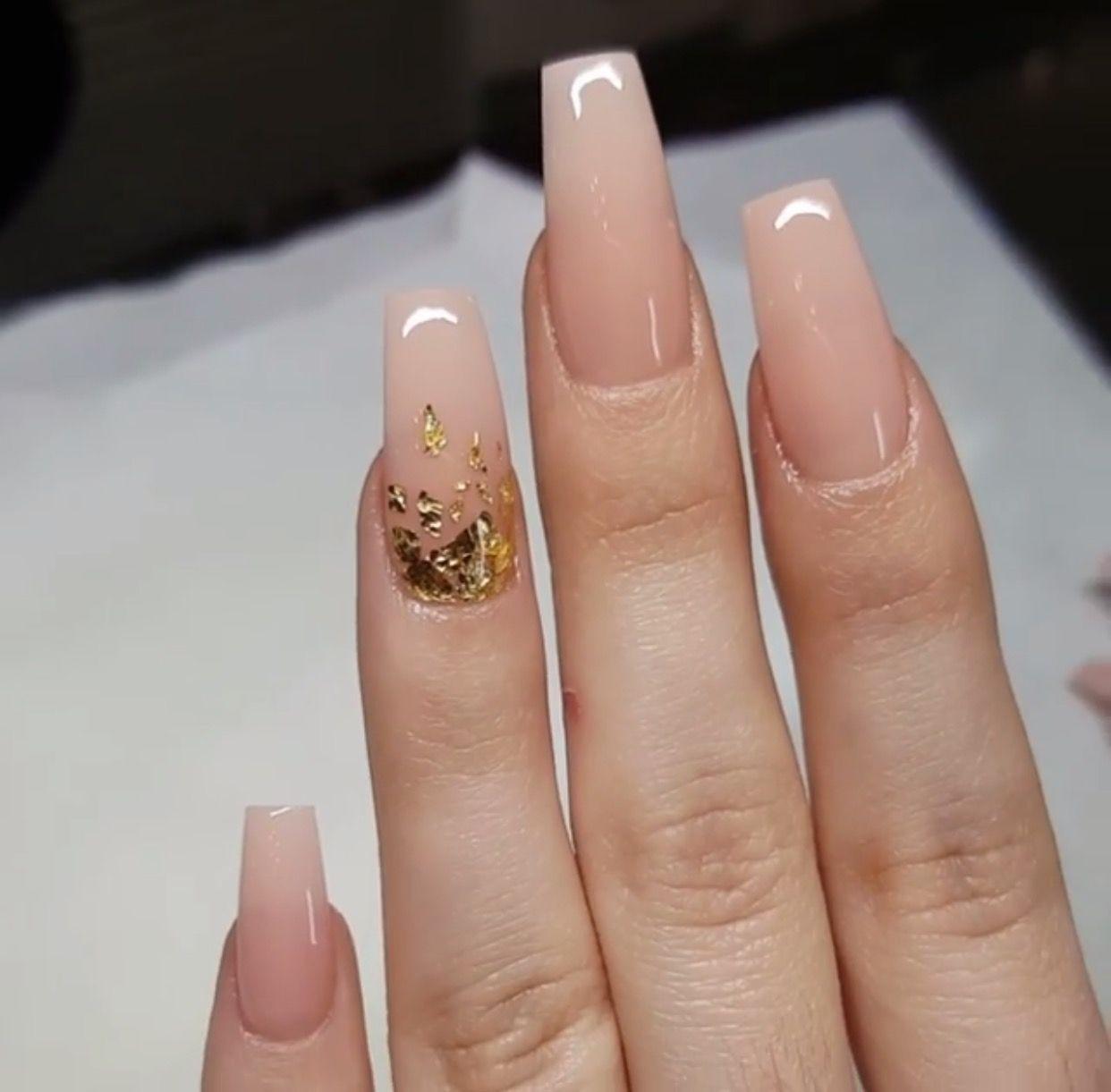 light nail color nails