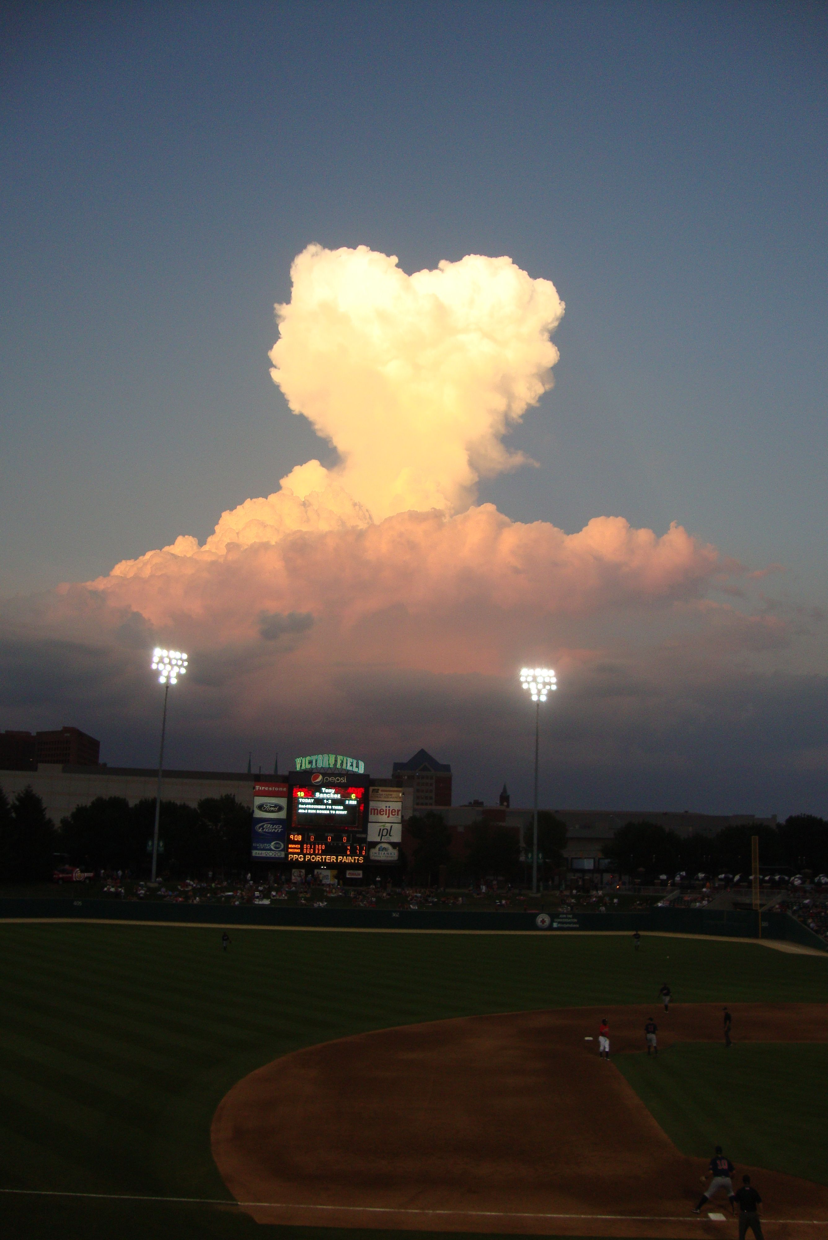 A heart shaped cloud!! Wow! Indianapolis.