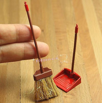 Details about Dollhouse Miniature 1:12 Toy Red Metal Long Handles Broom And Dust Pan Set K4V5 #miniaturetoys