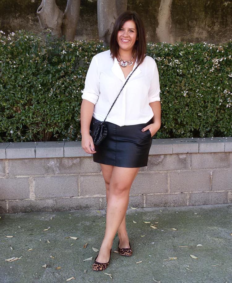 Minifalda mezclilla tanga blanca - XNXXCOM