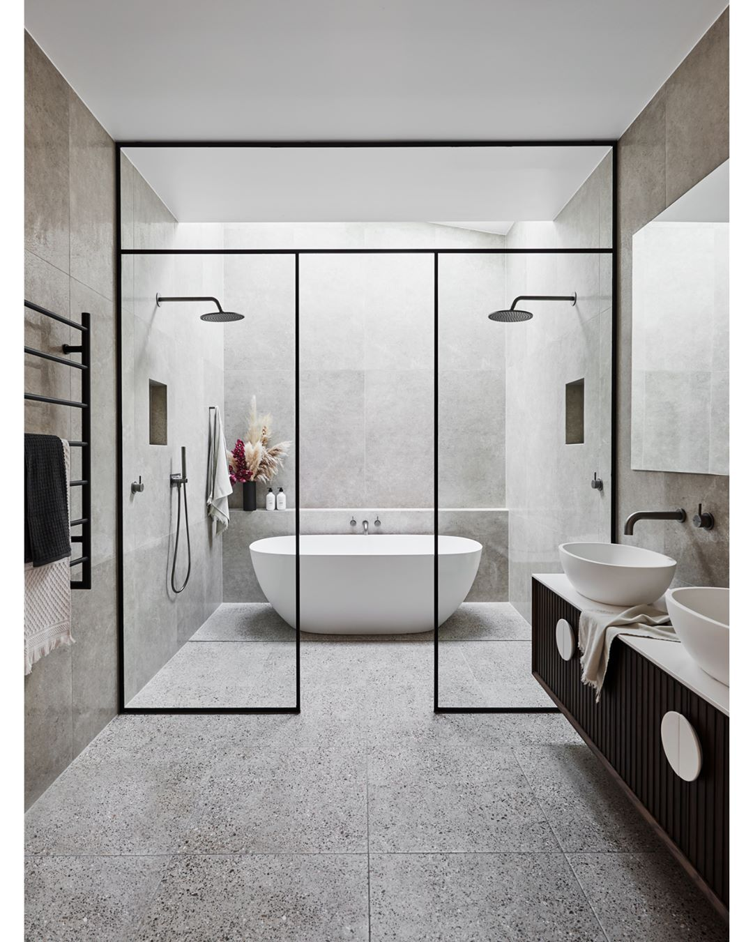 Alisa Lysandra On Instagram Possibly Our Favourite Bathroom That We Have Designed Of All Time Modern Small Bathrooms Master Bathroom Design Large Bathrooms