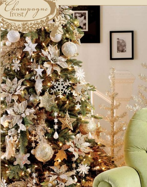 Champagne Frost Christmas Tree Decorating Theme in Champagne and ...