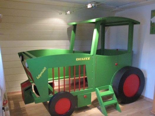 Kinderbett junge traktor  Treckerbett in Deutz-Anlehnung | Treckerbett, Traktorbett ...