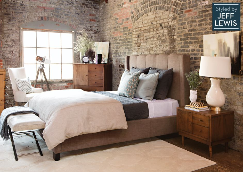 Bed Bench At Foot Of Bed Side Of Room Closet And Night Stand Amusing Jeff Lewis Bedroom Designs Inspiration Design