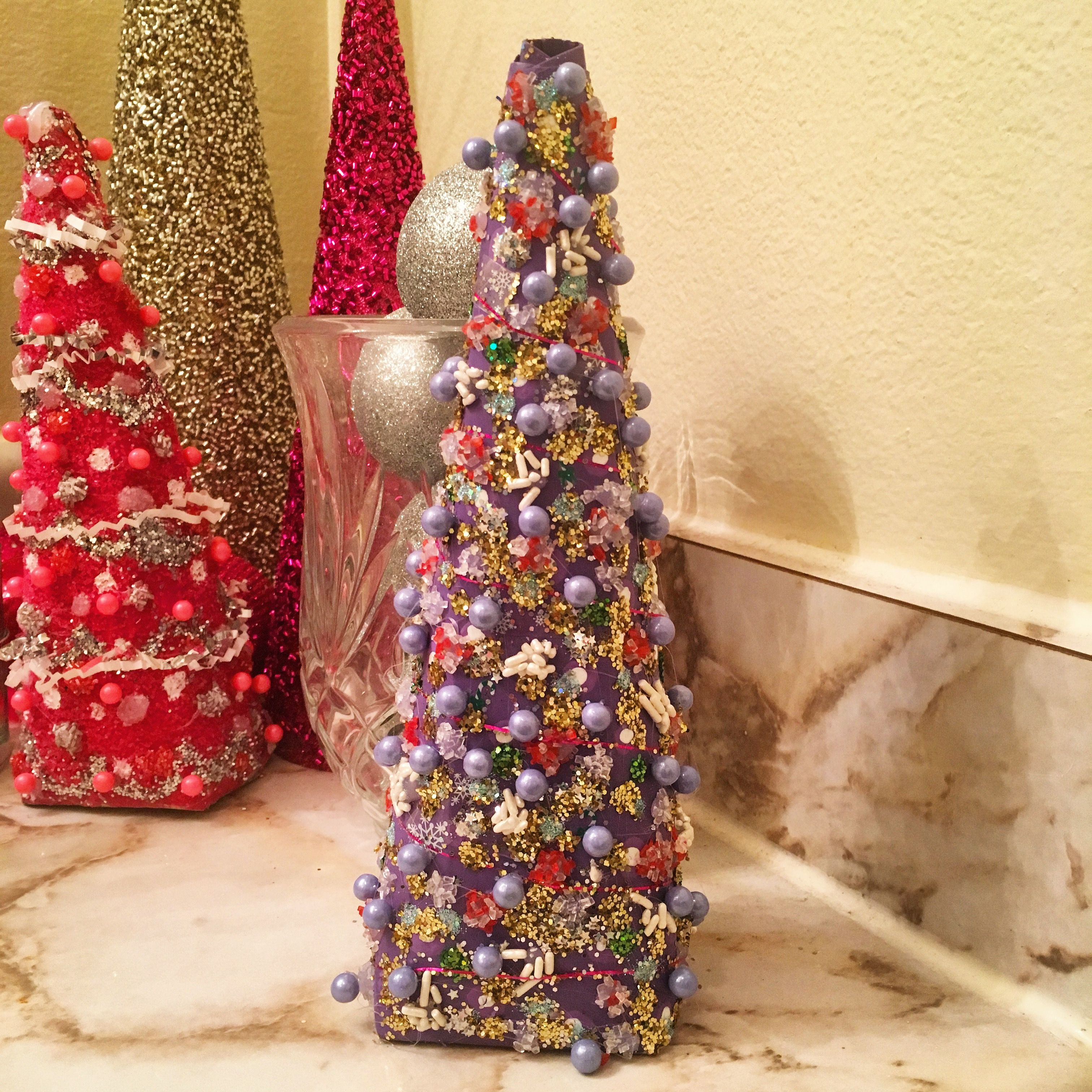 DIY Christmas tree made with the one liter