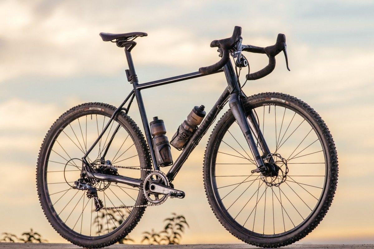 Specialized Sequoia V1 Saadl Specialized Sequoia Gravel Bike