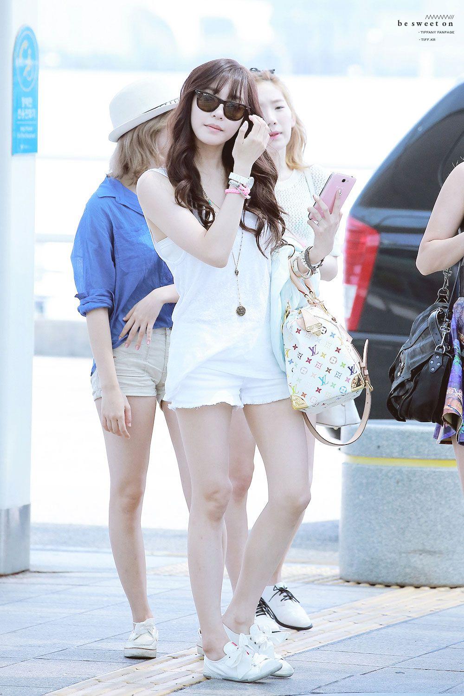 tiffany hwang airport fashion �� girls generation airport