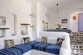 Risultati immagini per mobili in muratura per soggiorno | Small ...