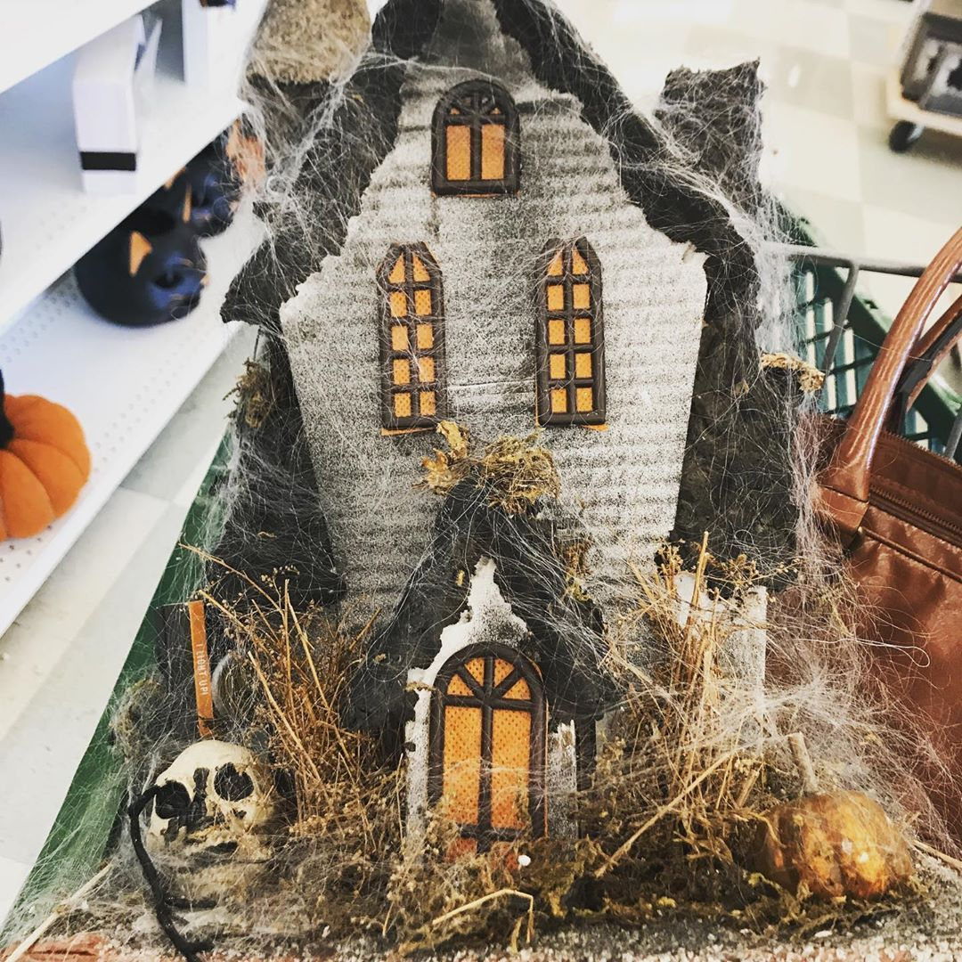 More Fun Finds From Joanns I Really Wanted The Haunted House But I Dont Trust My Kitten To Not Destroy It Sp Jack O Lantern Halloween Dishes Halloween Signs