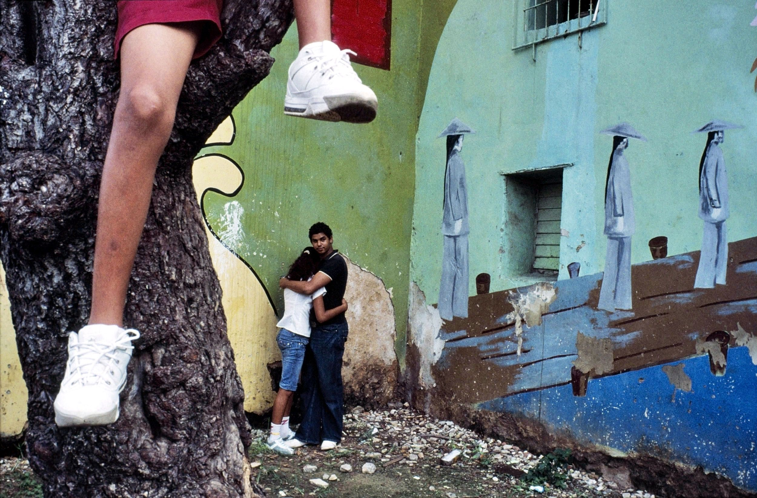 """©Alex Webb, """"Havana, 2007″ from """"Violet Isle"""" (with Rebecca Norris Webb)"""