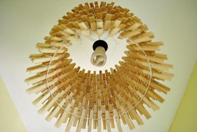 Cómo hacer una lampara con pinzas de ropa.