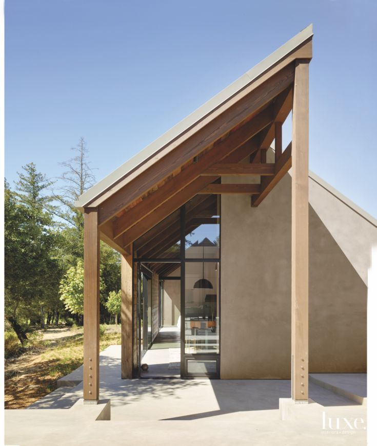 Pergola Overhang Designs: Contemporary Shady Wooden Eave Overhang