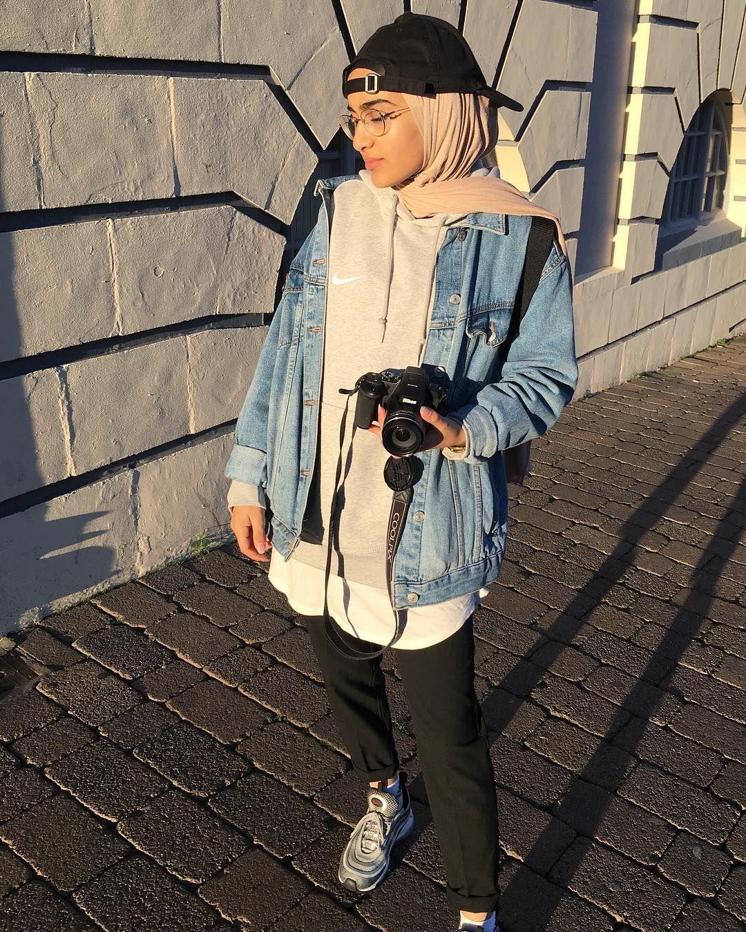 "Photo of A R A B    R OJ A B I S on Instagram: ""Back again🌶 #ulzzang #arabrojabis #photography #outfit #streetwear  #hijabiselegant #chichijab"""