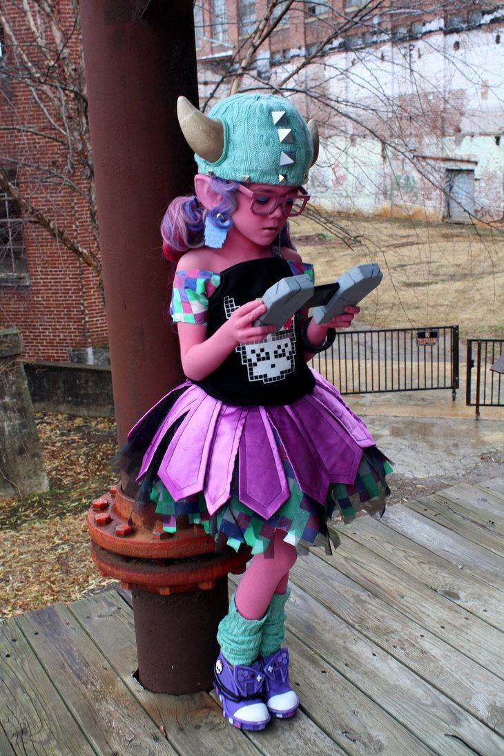 Honey Swamp, Monster High cosplay by cimmerianwillow on