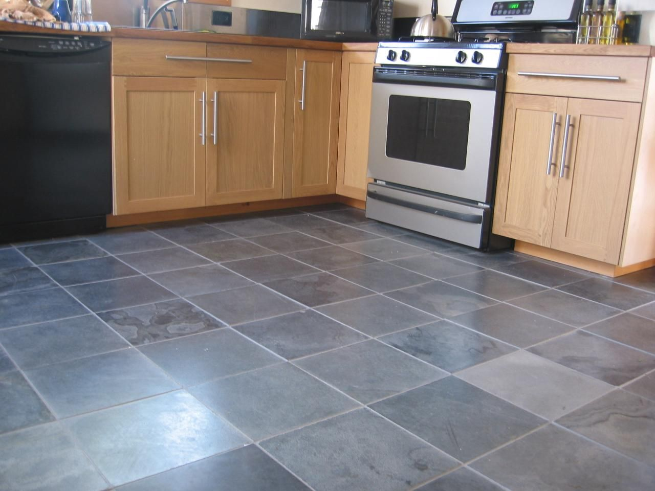 Kitchen With Slate Floor This Gray Tile Flooring Will Be In My Ensuite Bathroom I Cant