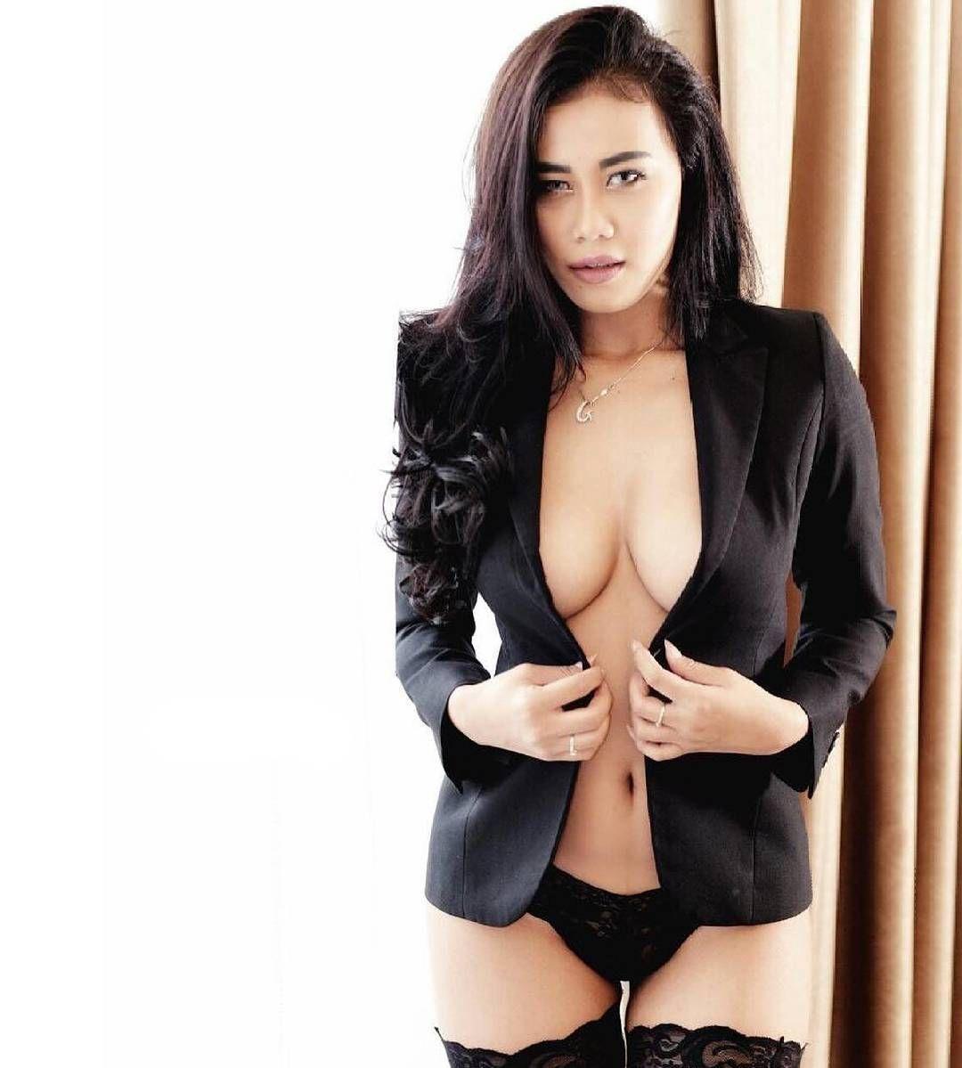Gavriena Astaris Modelcantik Modelseksi Model Modelbugil Modelhot Modelindonesia Indonesiamodel Photografi Cewekseksi Cewekcantik Gavrienaastaris