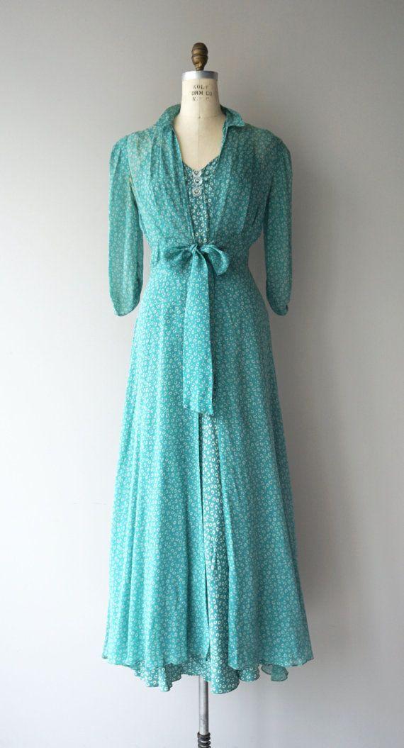 vintage 1930s bottle green silk dress with question mark. Black Bedroom Furniture Sets. Home Design Ideas
