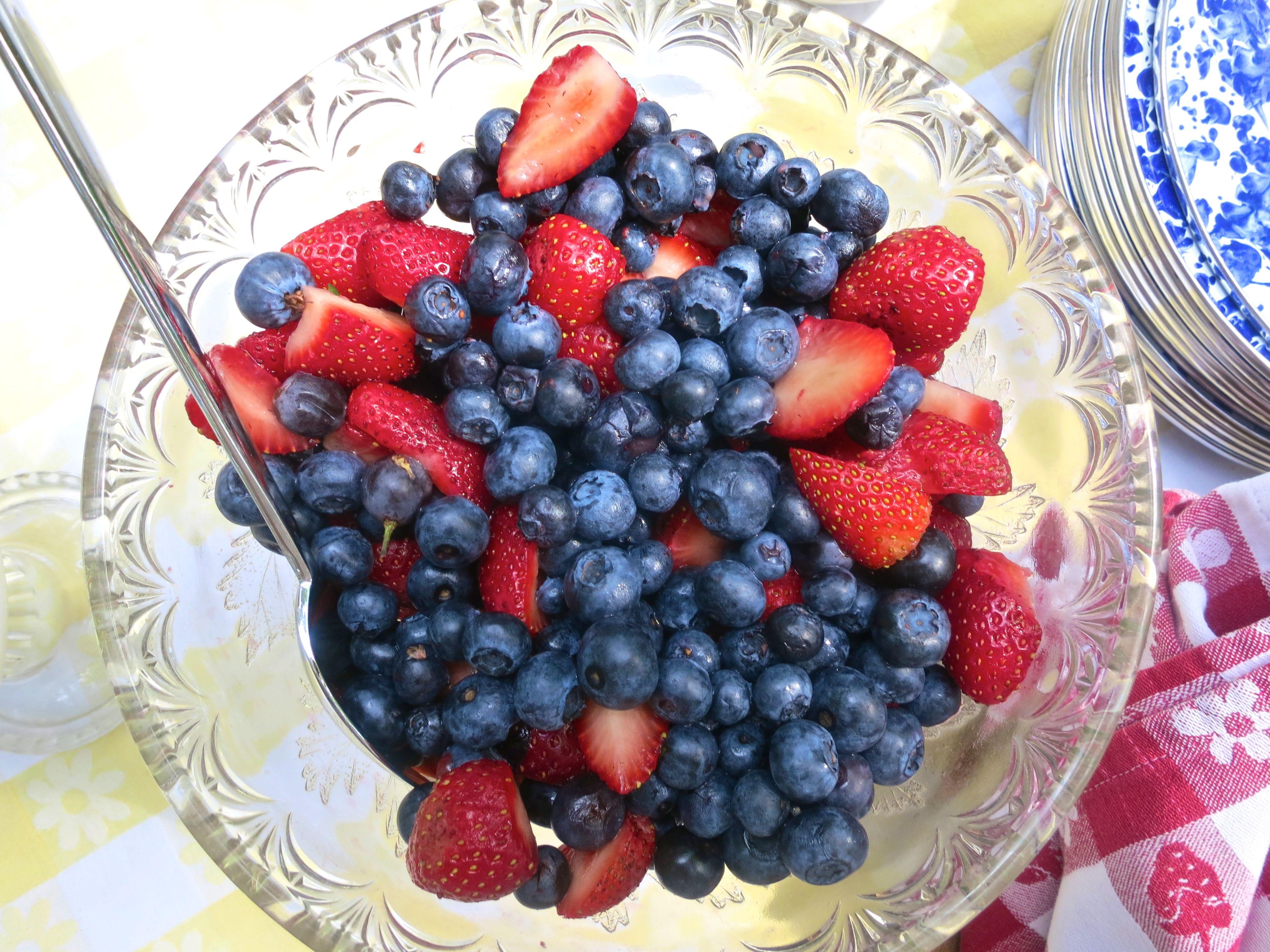 Love berries   Food, Food and drink, Deliciously ella