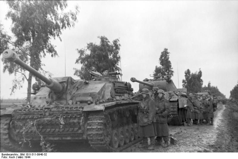 A Sturmgeschutz Iii And Panzer V Panther Nettuno Anzio March 1944 800x534 Anzio Tank Panther Tank