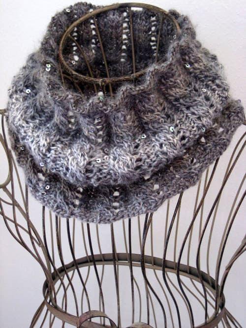 15 One Skein Knitting Patterns For Beginners Knitting Pinterest