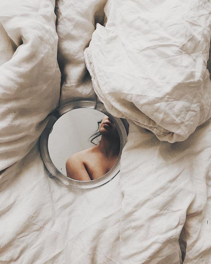"""Photo of Ezgi Polat auf Instagram: """"Selbstporträt, 2018. __ #ezgipolat #selfportrait #…"""