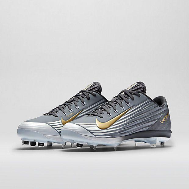 Yo quiero el nike zapatos de beisbol. Yo cuesto cien dolares en el  internet. Baseball ShoesBaseball Shirts MensBaseball ...