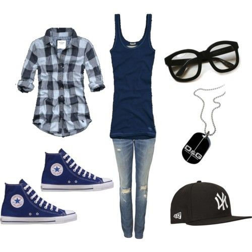 minus the glasses, it reminds me of what Annabeth might wear.