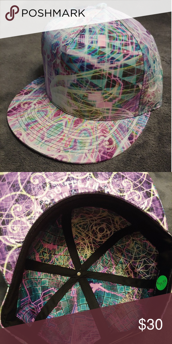 Headspace snapback with stash pocket New with tags