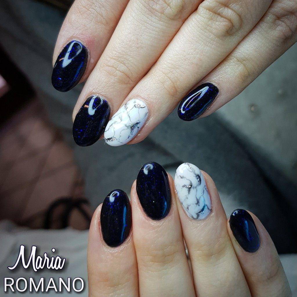 Unghie effetto marmo di Maria Romano. Visita